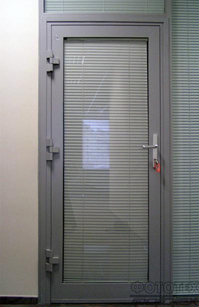 дверь остекленная стальная противопожарная москва с теплого профиля